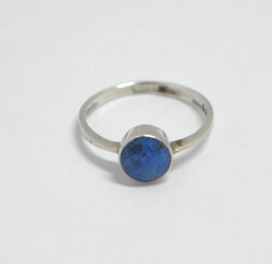 Petite bague en lapis lazuli